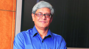 From Delhi pollution to Aadhaar card, Bibek Debroy sums up 2017 in limericks
