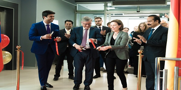HE Ybáñez Ignacio, Ambassador of Spain in Russian Federation inaugurating Visa Application Centre of BLS International in Moscow