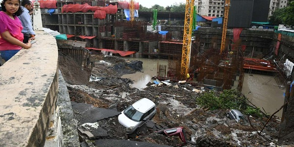 Lloyd's Estate C and D Wing collapsed; no casualties reported