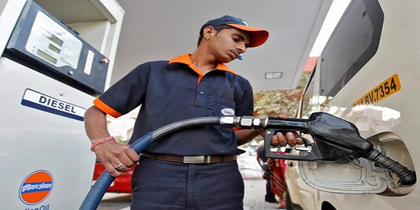 Petrol prices cut down by 13 paise on seventh day