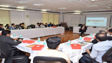 MDI Gurgaon Organizes Roundtable Discussion to discuss potential of the Indian BoP Market