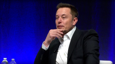 Tesla to Remain Public, Confirms CEO in a Blog Post