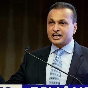 Anil Ambani to Shut Telecom Business, Will Focus on Realty
