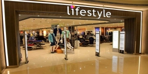 Lifestyle Decides to Sell Private Labels Through E-commerce