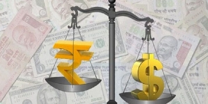 Rupee Continues to Plunge, On the Verge of Hitting 73 Mark Against Dollar